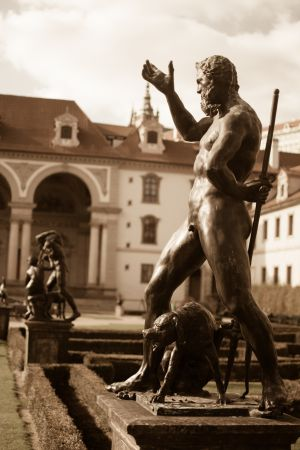 Wallenstein Statues - as if in Rome